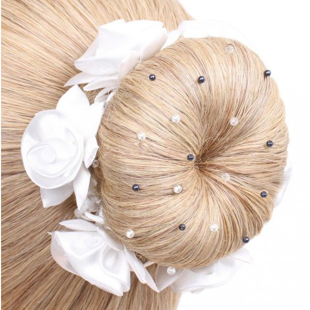 SD® Hairnet with Navy Pearls and Crystal beads. Blond. K-109