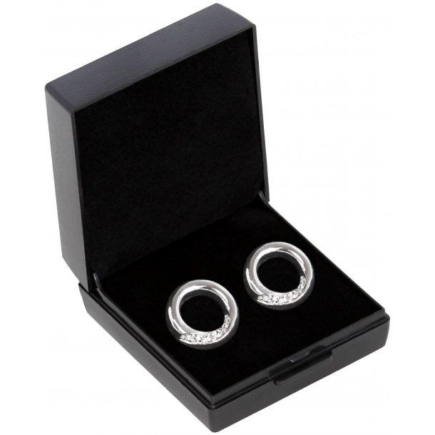 SD® Ellipse earrings in Crystal. B-138