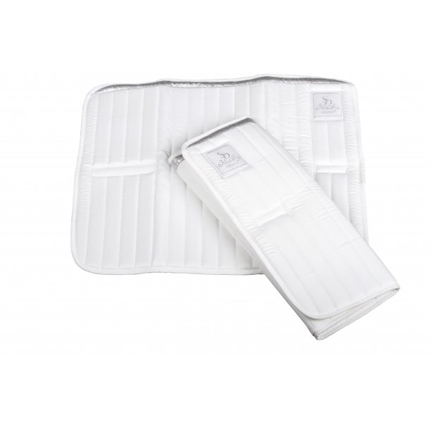 SD® Show Collection bandage pad with silver trim. D-172